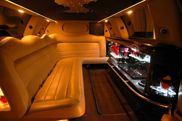lincoln-limo-service Seattle